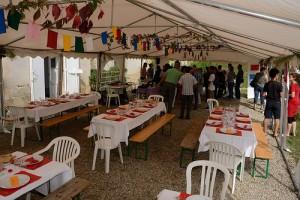 une réception sous la tente